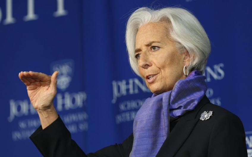 "IMF's Lagarde cautions against ""white elephant projects"" on oil price shock"