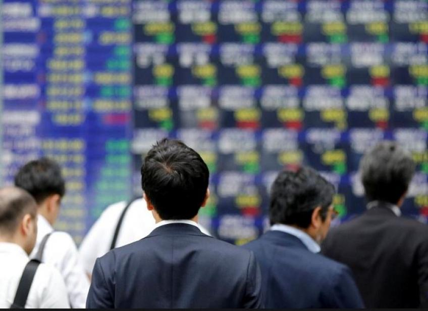 Nikkei nudged lower on growth worries, exporters losing ground