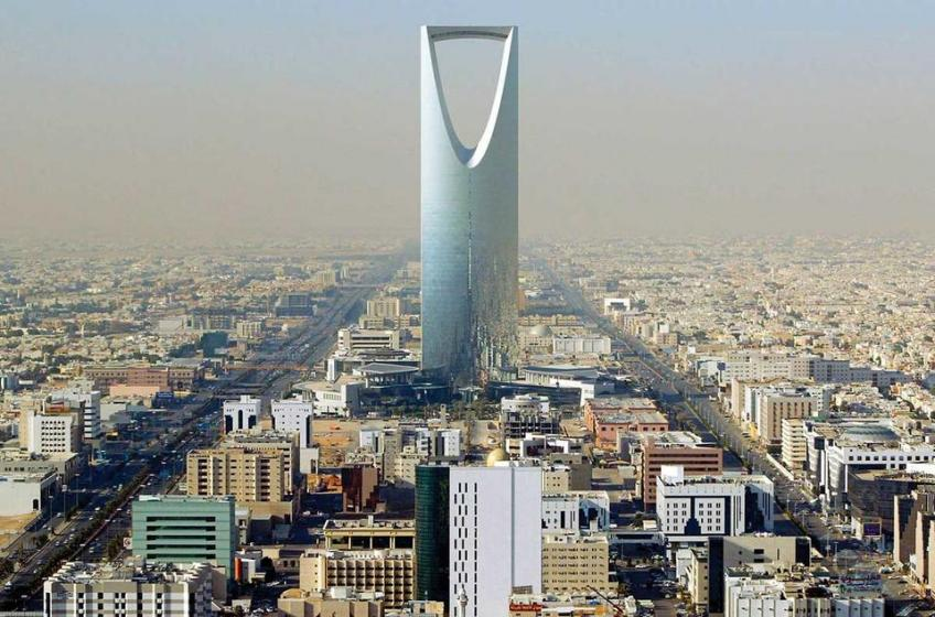 Saudi private sector growth flatlines, labor market remains gloomy