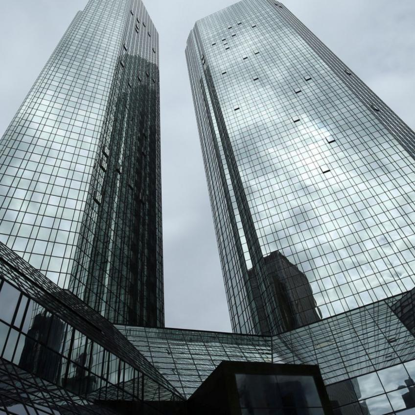 Deutsche Bank plans up to 20,000 job cut by next year
