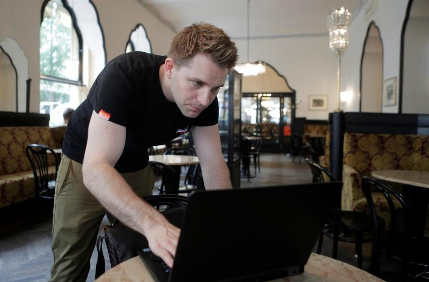Facebook to face off privacy activist Schrems in July 9th court hearing