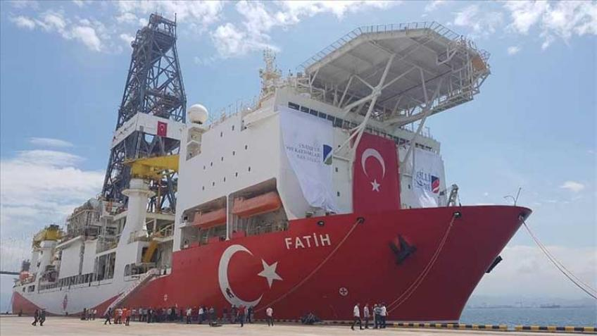 Second Turk drilling rig heads for Cyprus coast despite exploration dispute