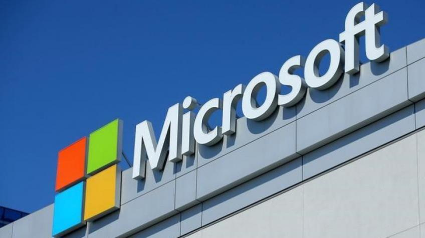 Microsoft shares cloudburst to record high on buoyant cloud sales