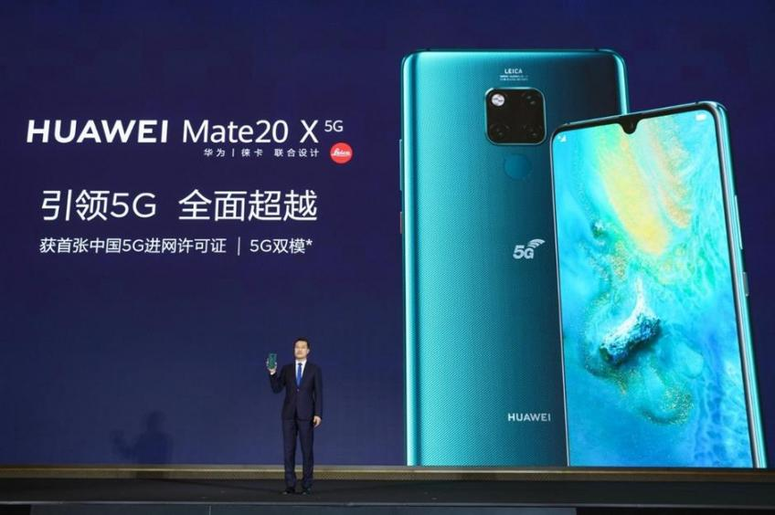 Huawei sets afloat first 5G phone in China, flags first Hongmeng device