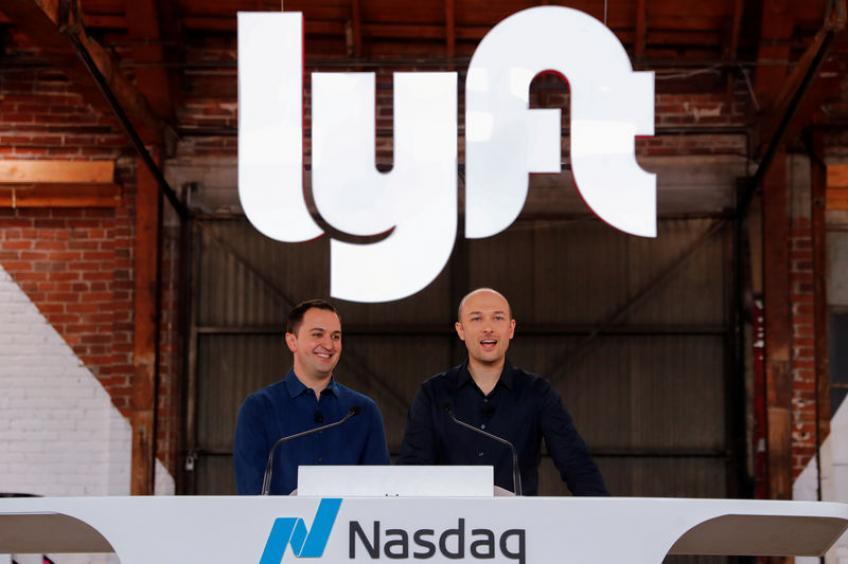 Lyft revenue beats quarterly forecast, says adds more riders