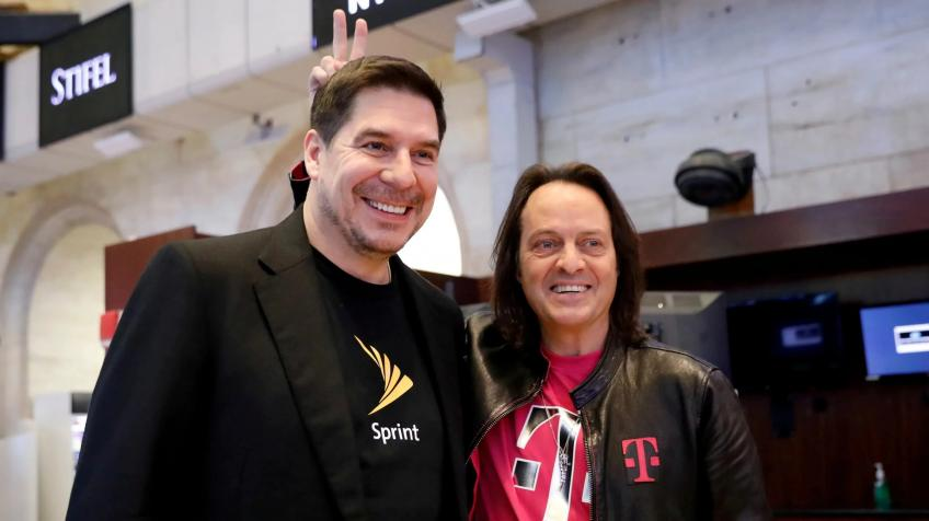 FCC chairman circulates order of approval for Sprint, T-Mobile merger