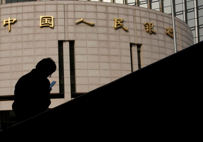 Trade tensions & a devalued Yuan fuel up crypto demand among Chinese