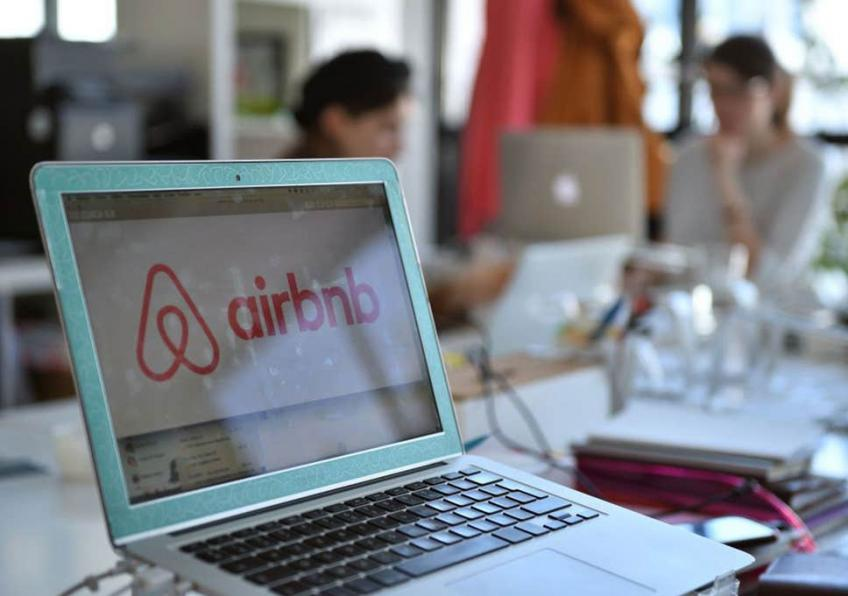 Airbnb posts record 30% growth in first quarter as bookings bolster
