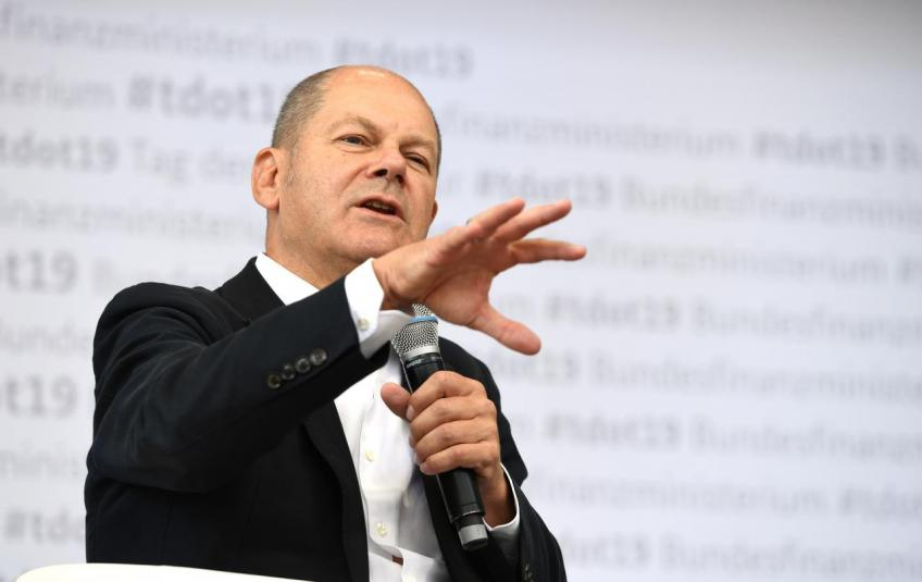 Don't expect higher interest for years, says German finance minister