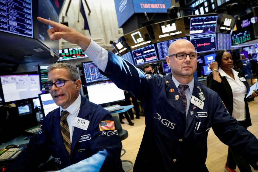 Wall street rebounds as trade temperature cools down