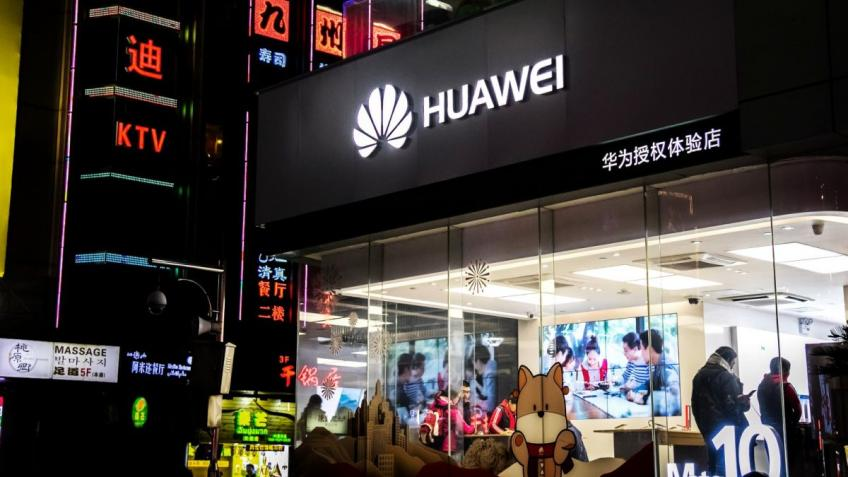 Huawei faces criminal probe by US prosecutor on intellectual property theft