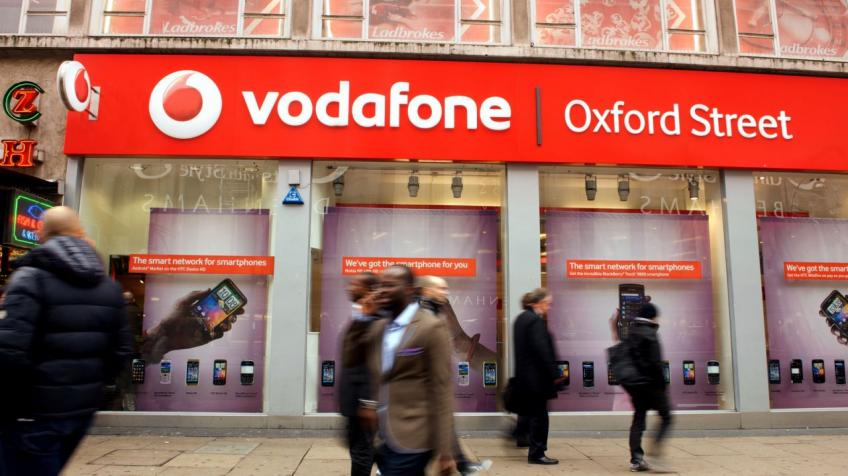 Vodafone set to close more than 1,000 stores
