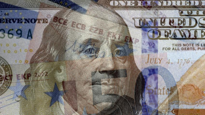 Russia seeks to ditch US dollar, explores energy deals in euro, roubles