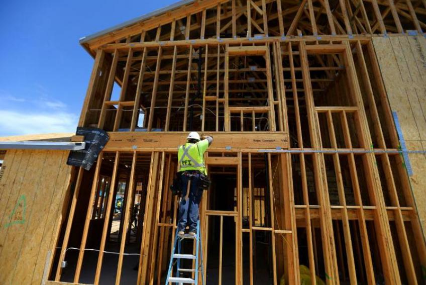US housing starts, building permits boost as lower mortgage rate wields