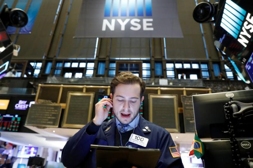 Wall St. ends lower as retail drags, Trump impeachment inquiry gathers pace
