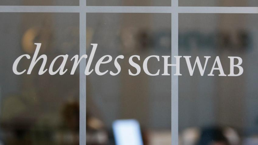 Charles Schwab to purchase smaller rival TD Ameritrade