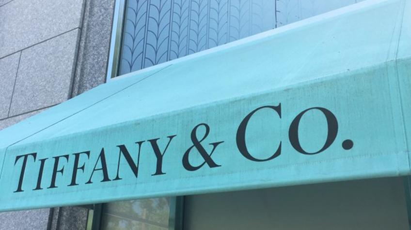 Tiffany profit misses estimate on weak demand in the United States, Hong Kong
