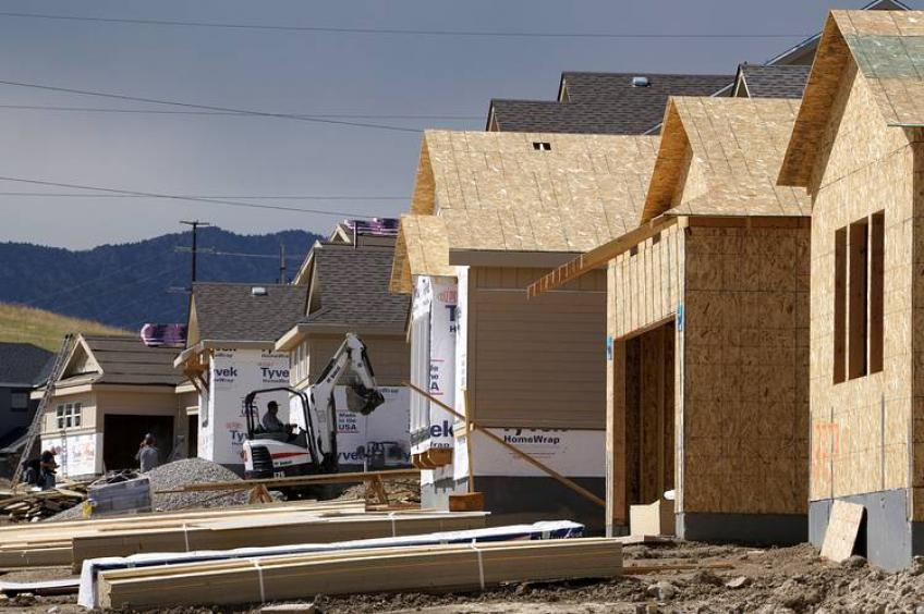 US home construction regains steam as housing permits spike to 12-1/2 years peak