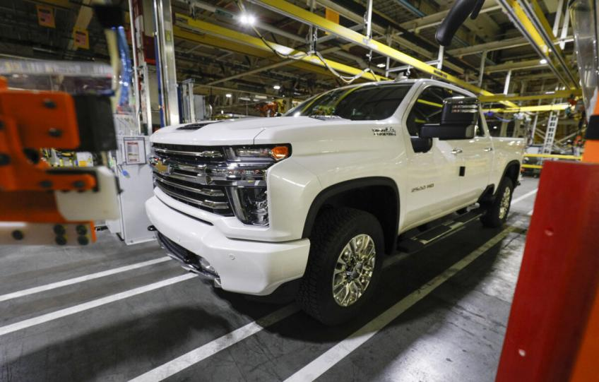 General Motor issues two recalls for more than 900,000 new vehicles