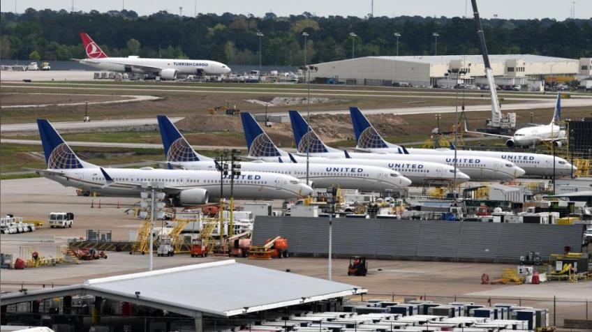 United Airlines pulls Boeing 737 Max off the schedule until early June