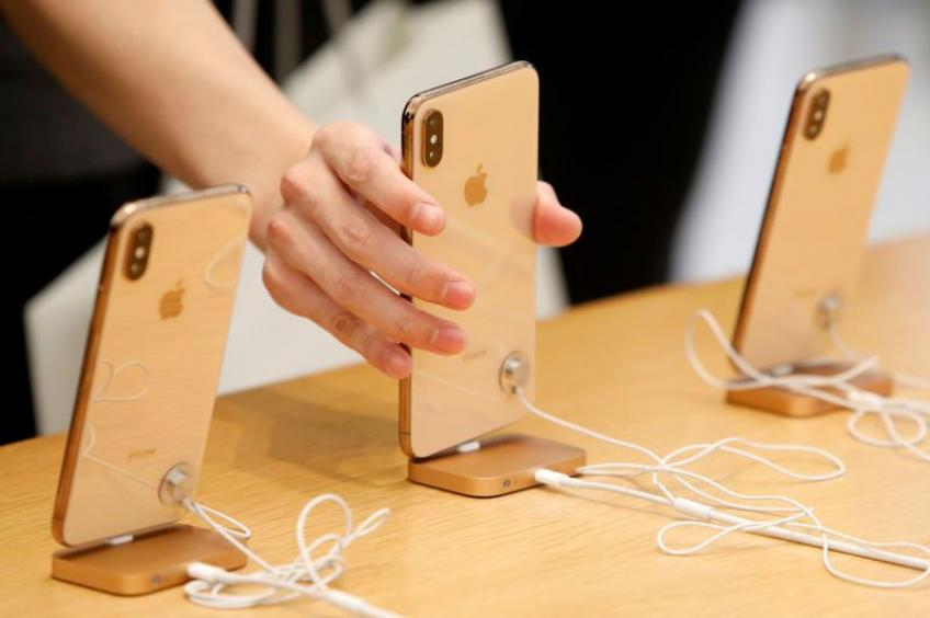 US ITC to review iPhone ban ruling on patent issue