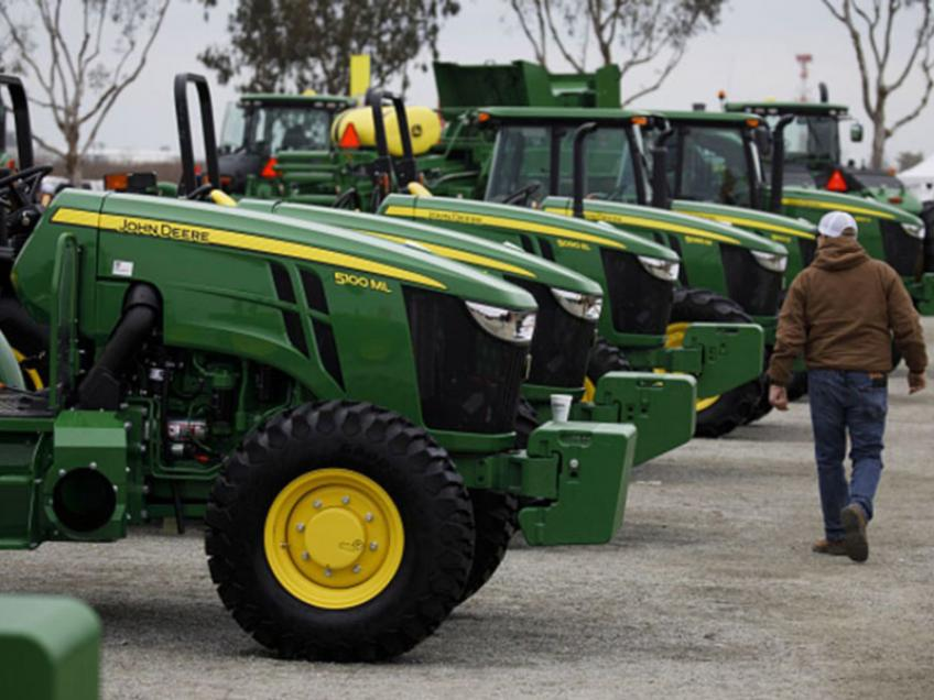 Deere's shares hit all-time high on unexpected rise in quarterly profit