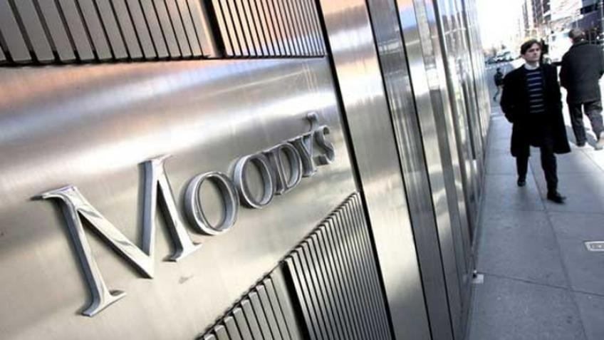 American rating agency Moody's lowers France's credit rating outlook to 'stable'