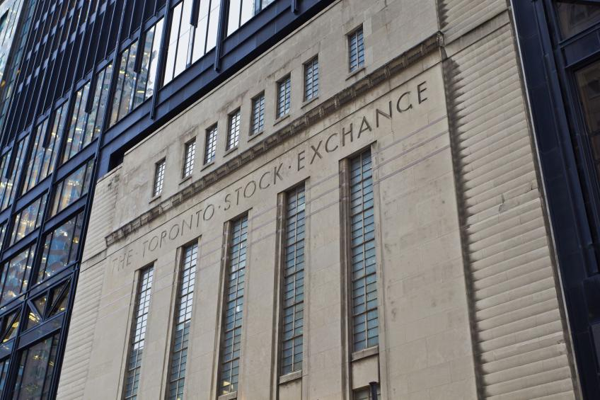 BoC pledges fiscal stimulus as Toronto witnesses worst intra-day plunge in 80 years