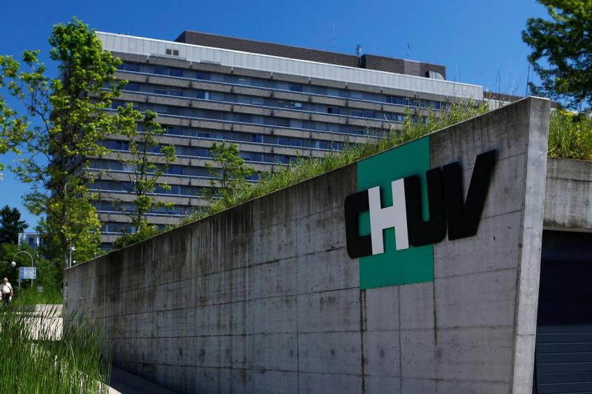 Switzerland step up measures to contain coronavirus as Swiss stock exchange decimates