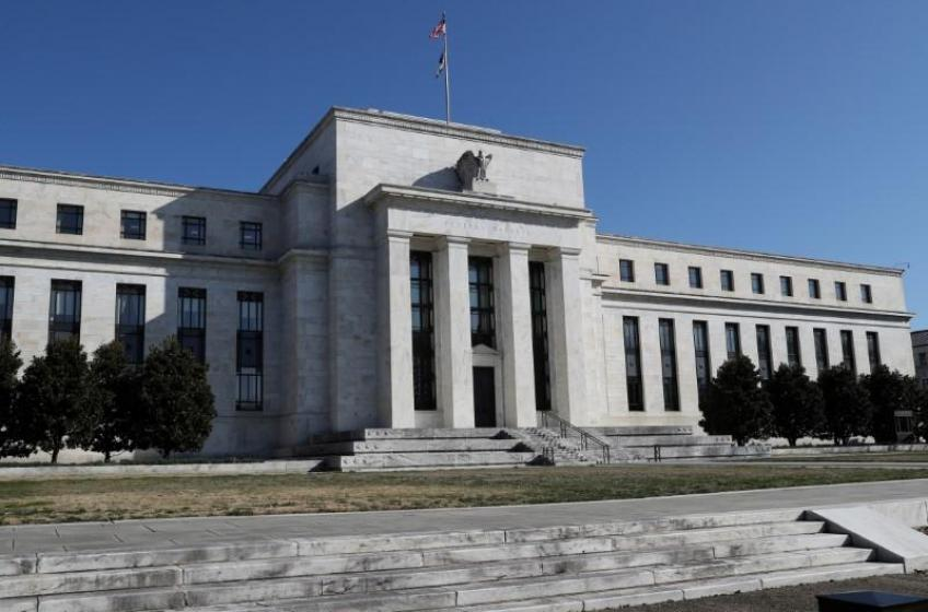 Fed balance sheet hits record high; banks rush on to lending amid near-zero rate