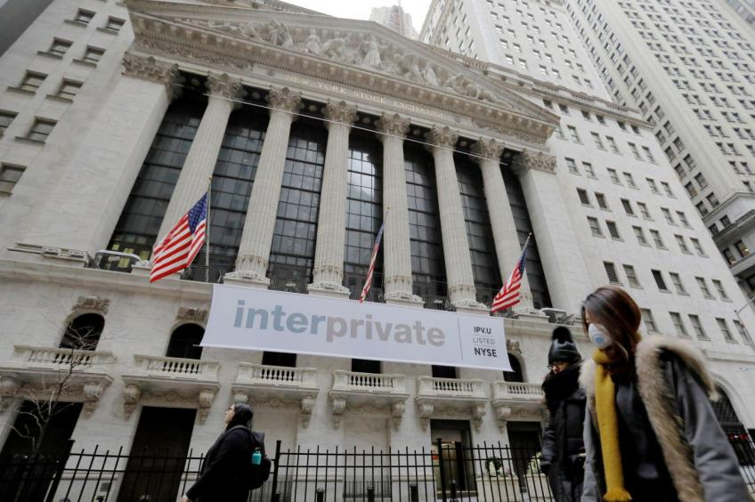 S&P, Dow extend rally as investors await $2 trillion aid package; Europe ends higher