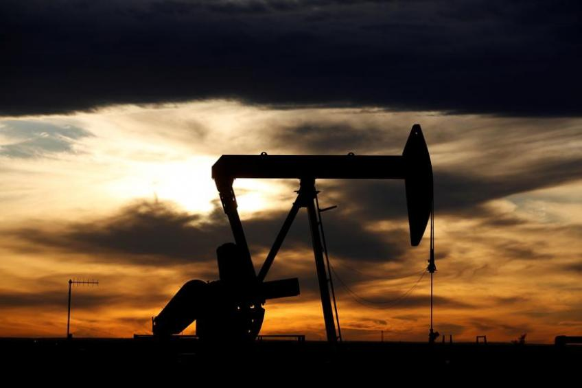 Oil posts biggest intra-day gain on record after Washington touts Saudi-Russia deal