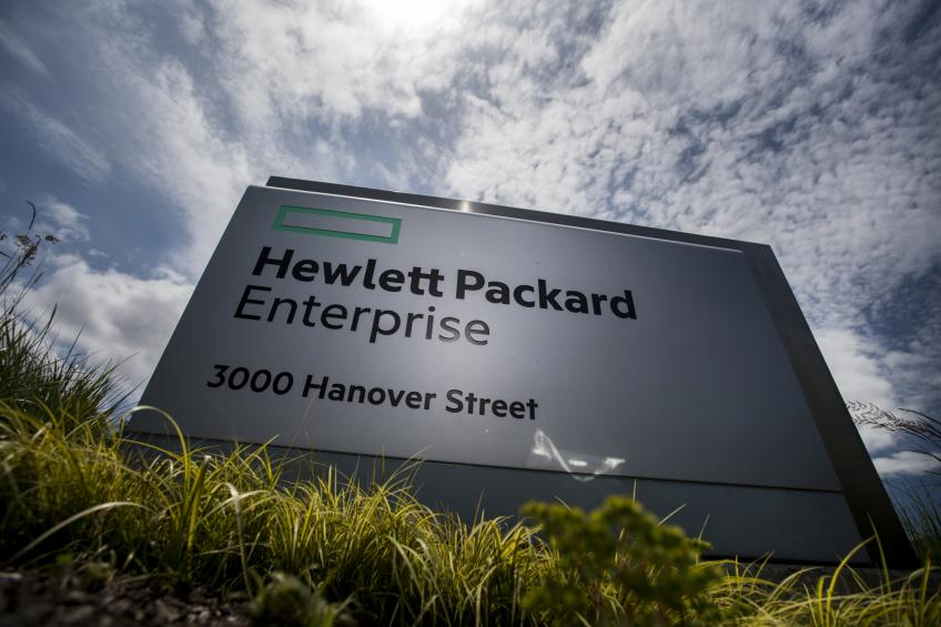 Hewlett Packard Enterprise misses Q2 profit, sets off $1bn savings plan