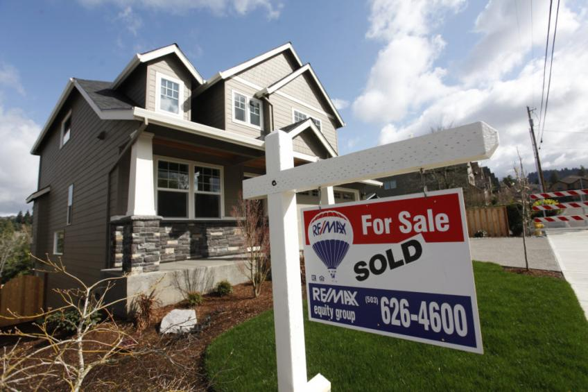 US mortgage rate hits record low, purchase application at 11-year-peak