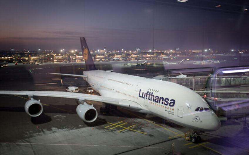 German carrier Lufthansa to cut a fifth of leadership jobs in overhaul attempt