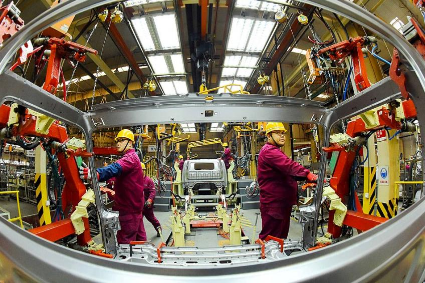China factory activity chokes for the first time over two years