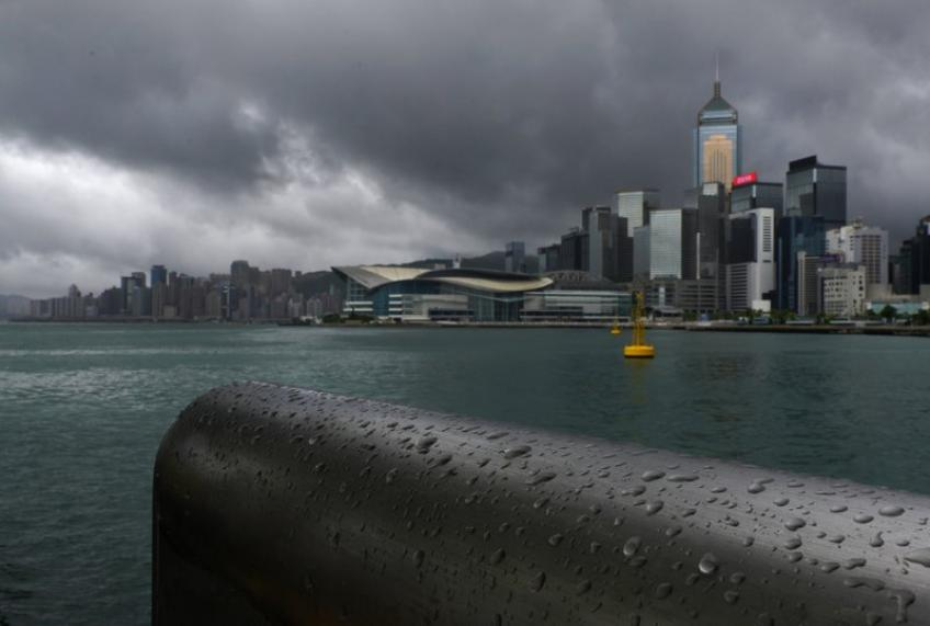 Washington suspends extradition and tax agreement with Hong Kong