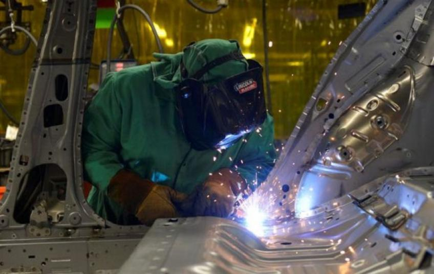 US industrial production growth slows, up 0.4 per cent in August
