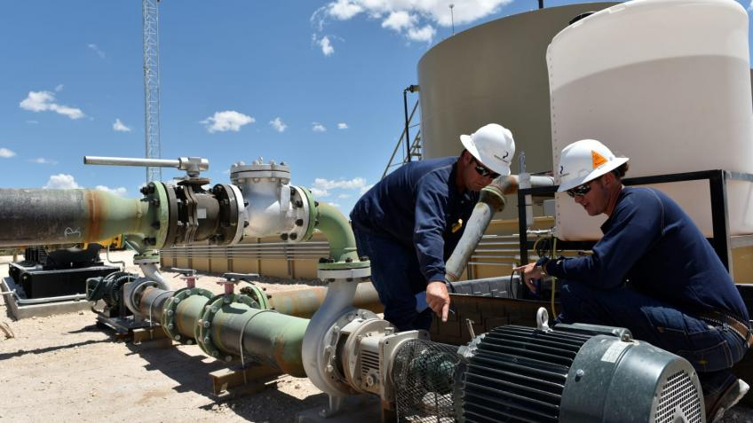 Oil woes on supply concerns, soaring US stockpiles