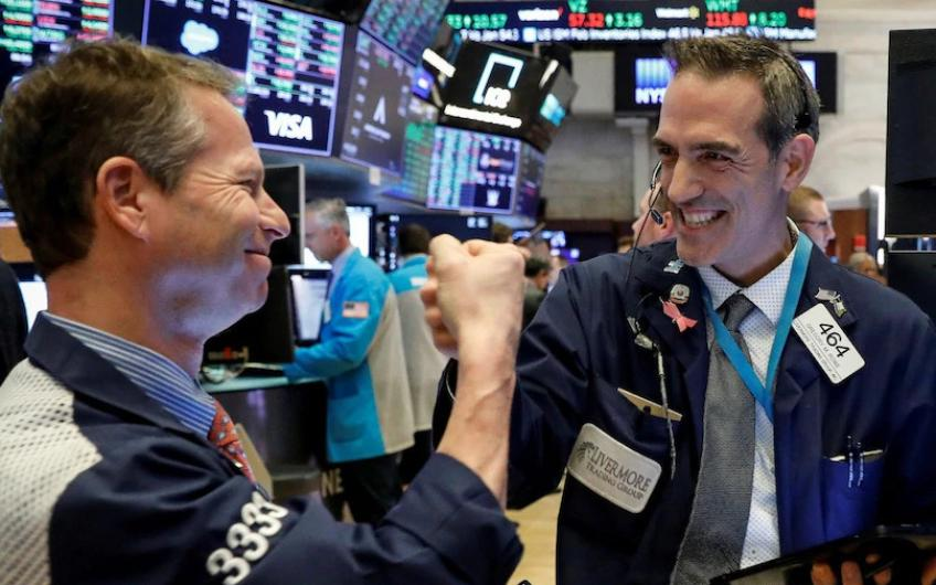 Dow advances, S&P 500 inches higher as investors eye vaccine timeline