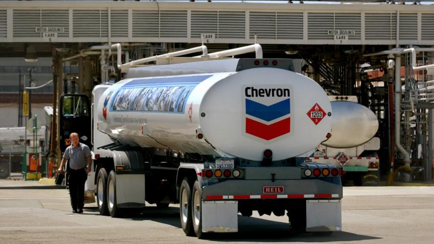 San Ramon oil mammoth Chevron Corp. posts surprise profit as cost cuts deepen