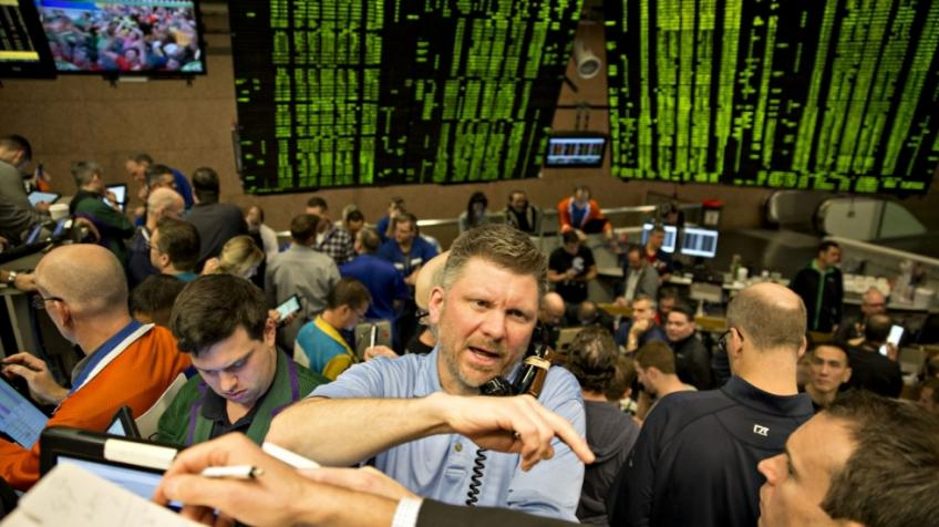Fund managers hoping for stock rally on Monday morning