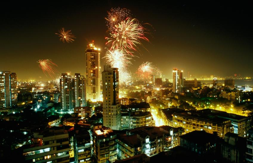 India's Diwali sales up 10.8% as Central Bank sees growth in current quarter