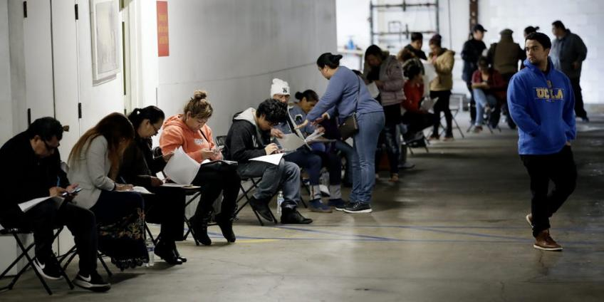 US weekly jobless claims edge higher as pandemic restrictions weigh
