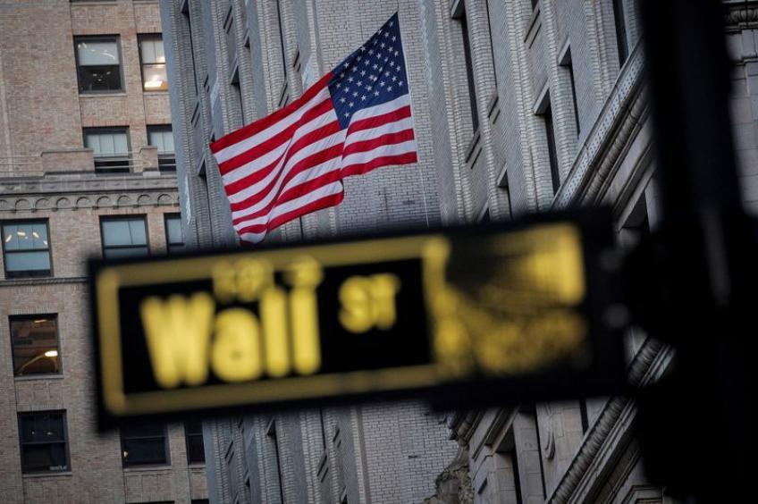 Wall St. wraps up at record highs as Democrats take control of Senate