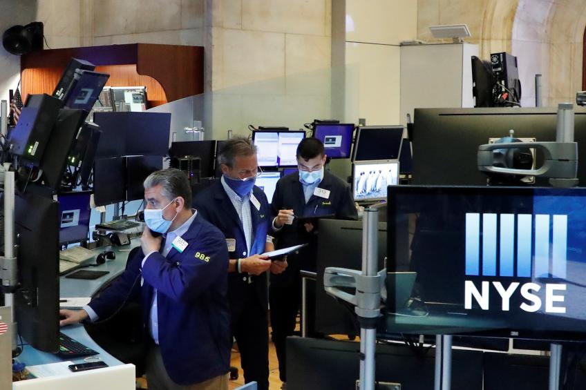 Dow extends record-setting rally; S&P 500, Nasdaq dip as inflation concern weigh