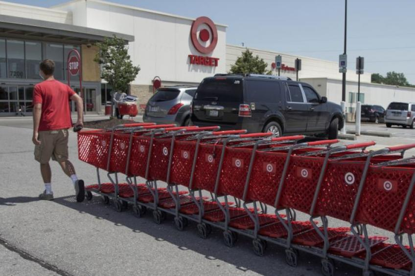 Minneapolis' retailer Target Corp. to ramp up spending $4bn a year; shares sour