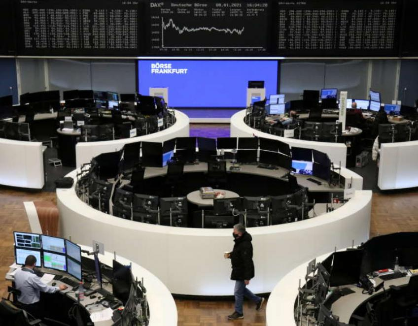 European shares end lower on lockdown worries, still post third straight weekly gains