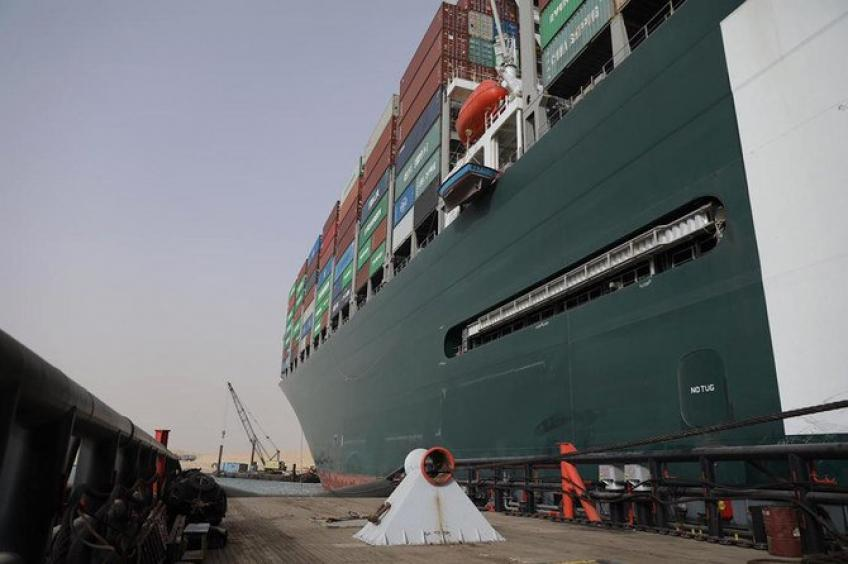 Suez Canal could be blocked for weeks by 'beached whale' ship, say salvage companies
