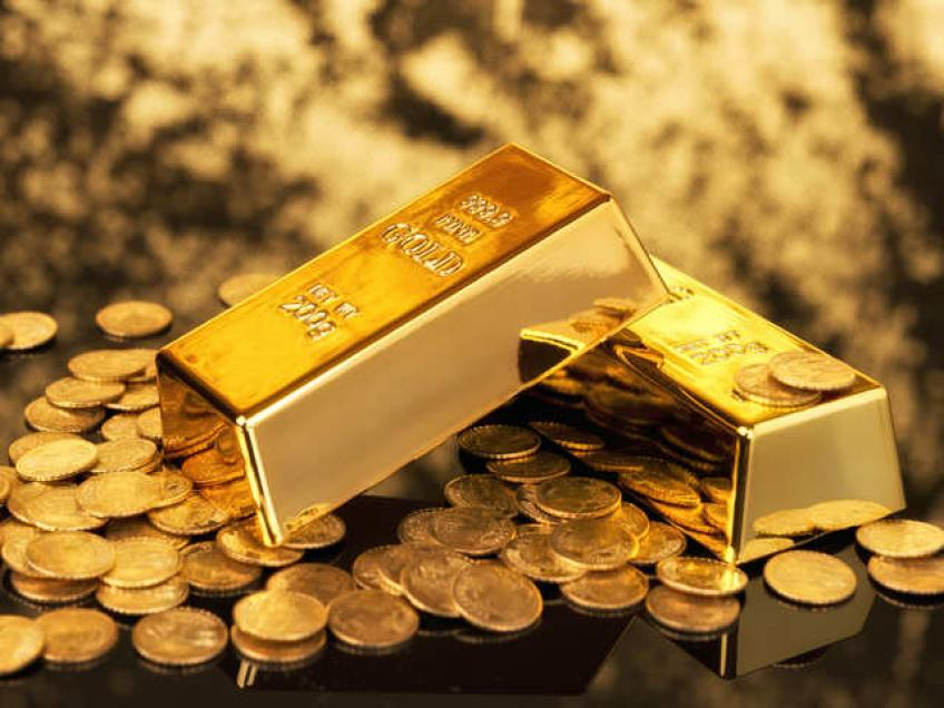 India's gold import surges 471% to record 160 tons, may support bullions' prices